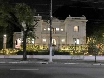 Decoração de jardim e fechada - Aluguel decoração de natal