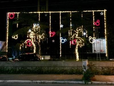 Decoração de natal fachada - Aluguel decoração de natal
