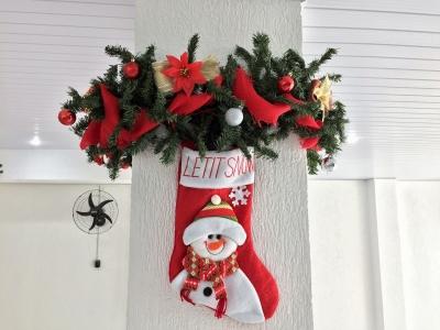 Decoração de natal coluna- Aluguel decoração de natal