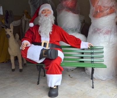 Papai Noel realistico- Aluguel decoração de natal